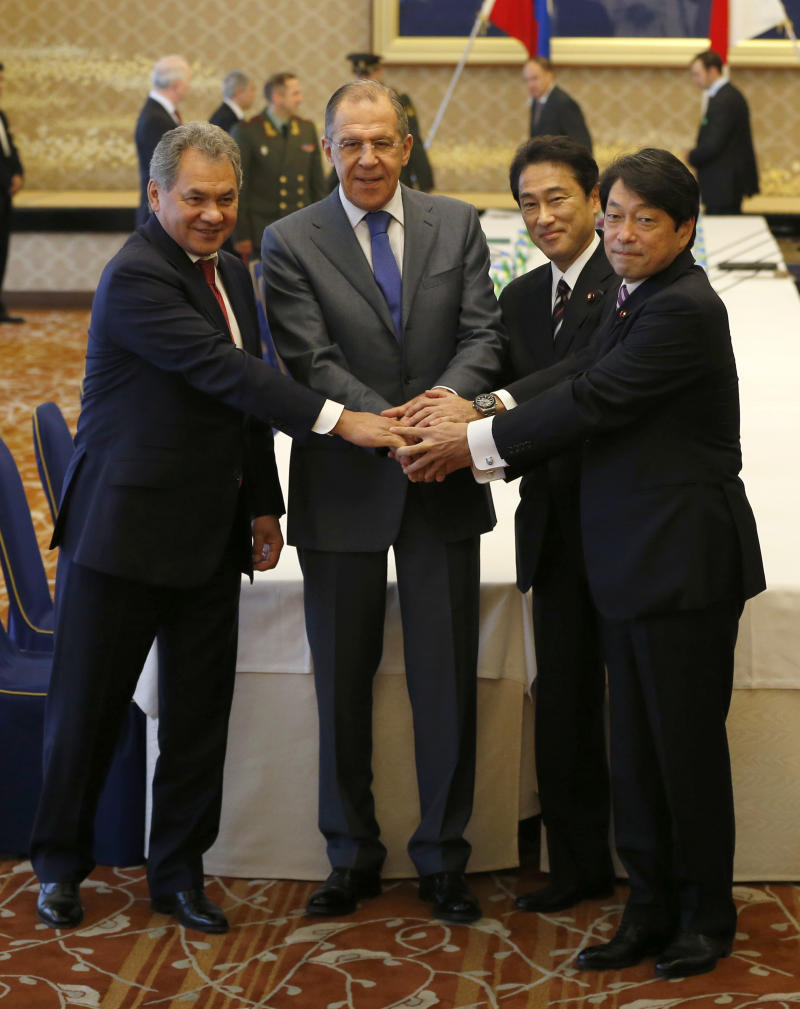 Japan, Russia agree to expand defense ties