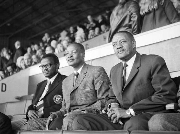 Lucas Mangope (right) watches West Ham vs Leicester at Upton Park in 1971 (Getty)