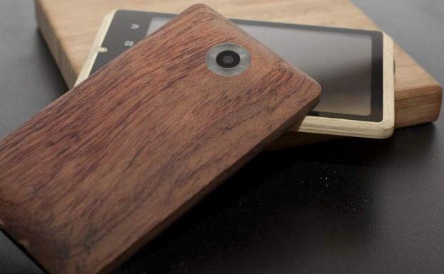 Student's bamboo-based smartphone concept becomes reality