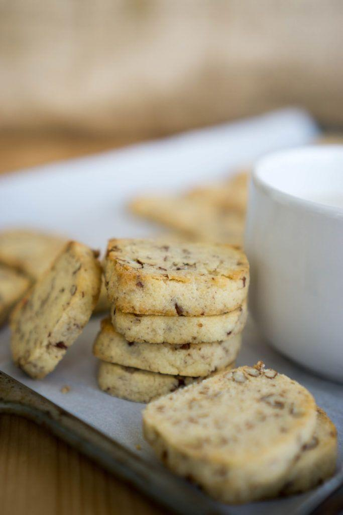 """<p>Nothing screams the holidays quite like these shortbread cookies.</p><p>Get the recipe from <a href=""""https://www.ketoconnect.net/keto-shortbread-cookies"""" rel=""""nofollow noopener"""" target=""""_blank"""" data-ylk=""""slk:Keto Connect"""" class=""""link rapid-noclick-resp"""">Keto Connect</a>.</p>"""