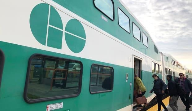 A coalition of environmental and transit advocacy groups is telling federal parties to commit to funding the operating costs for public transit systems. (Kate Bueckert/CBC - image credit)