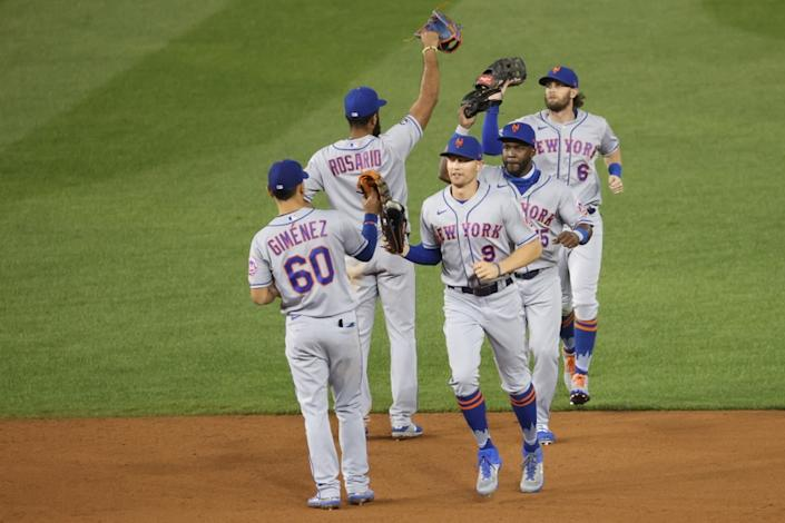 The Mets celebrate a win over the Nationals in Washington, D.C.