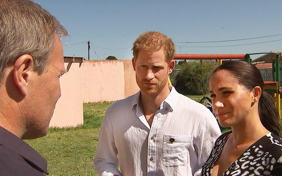 EMBARGOED PICTURE: FOR PUBLICATION FROM SATURDAY 12TH OCTOBER 2019 From ITN Productions HARRY AND MEGHAN: AN AFRICAN JOURNEY Sunday 20th October 2019 on ITV Pictured Tom Bradby and their Royal Highnesses The Duke and Duchess of Sussex in South Africa When The Duke & Duchess of Sussex took baby son Archie on their recent Royal tour of southern Africa, ITV News at Ten anchor Tom Bradby was with them throughout. Bradby, who has made two other films with Harry in Africa, gained exclusive and intimate access to the worldÕs most talked-about couple. He speaks to them about the causes and issues they care most about and explores some of the pressures and challenges they face living as a young family in the glare of the worldÕs media. Harry & Meghan: An African Journey provides a vivid insight into how they see their roles as modern Royals on the international stage and how they balance their public duties with their private family life. (C) ITN Productions For further information please contact Peter Gray 0207 157 3046 peter.gray@itv.com This photograph is © ITV and can only be reproduced for editorial purposes directly in connection with the programme HARRY AND MEGHAN: AN AFRICAN JOURNEY or ITV. Once made available by the ITV Picture Desk, this photograph can be reproduced once only up until the Transmission date and no reproduction fee will be charged. Any subsequent usage may incur a fee. This photograph must not be syndicated to any other publication or website, or permanently archived, without the express written permission of ITV Picture Desk. Full Terms and conditions are available on the website https://www.itv.com/presscentre/itvpictures/terms - News Scans