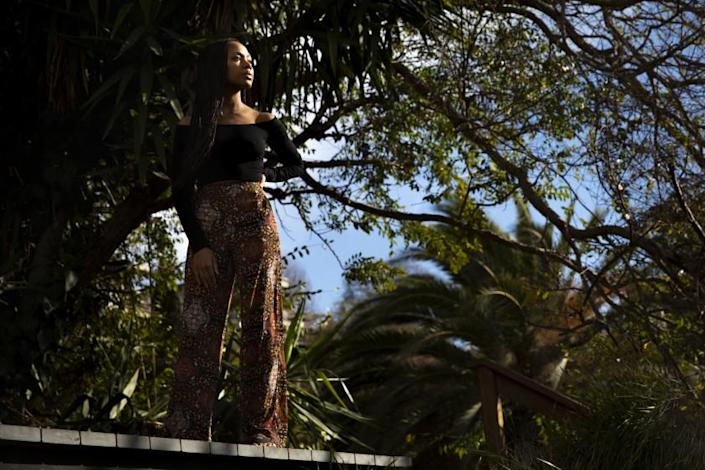 """LOS ANGELES, CA - JANUARY 25: Actress Nicole Beharie is photographed in the backyard, of a Los Angeles, CA, home, Monday, Jan. 25, 2021, promoting her role in the film, """"Miss Juneteenth."""" Beharie plays Turquoise, a former beauty queen-turned-bartender, who struggles to pay her bills and deal with her teenage daughter. (Jay L. Clendenin / Los Angeles Times)"""