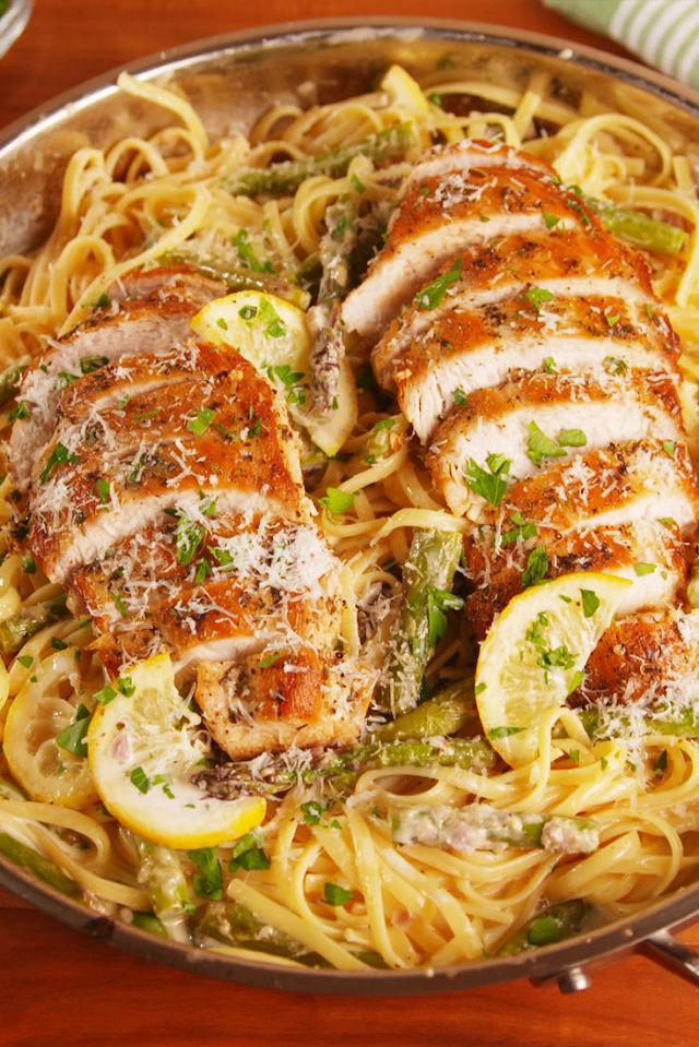 "<p>This pasta tastes like spring!</p><p>Get the recipe from <a rel=""nofollow"" href=""http://www.delish.com/cooking/recipe-ideas/recipes/a52782/lemon-asparagus-chicken-pasta-recipe/"">Delish</a>.</p>"