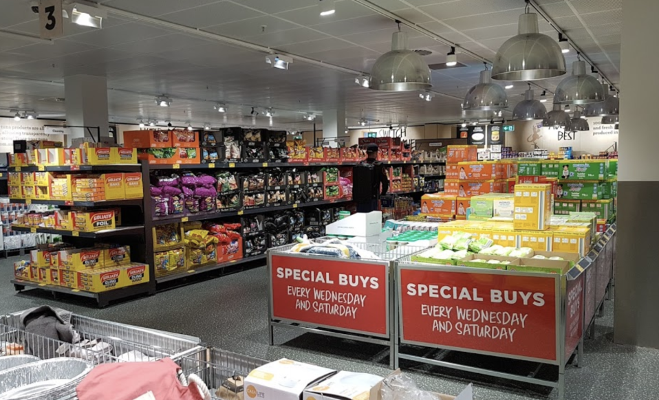 Photo shows the inside of an Aldi store.