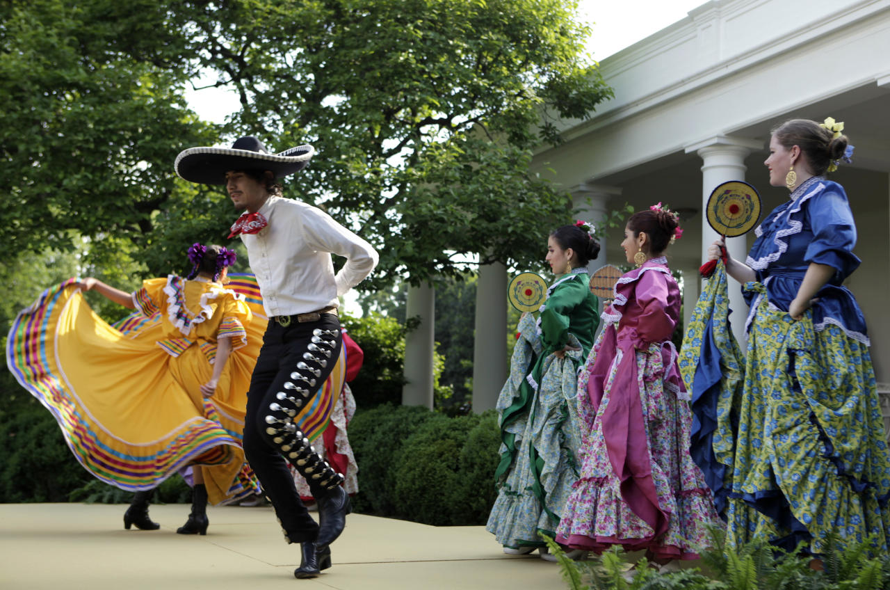 Dancers from Ballet Folklorico Mexicano de Georgetown perform at a Cinco de Mayo reception at the White House in Washington, May 3.