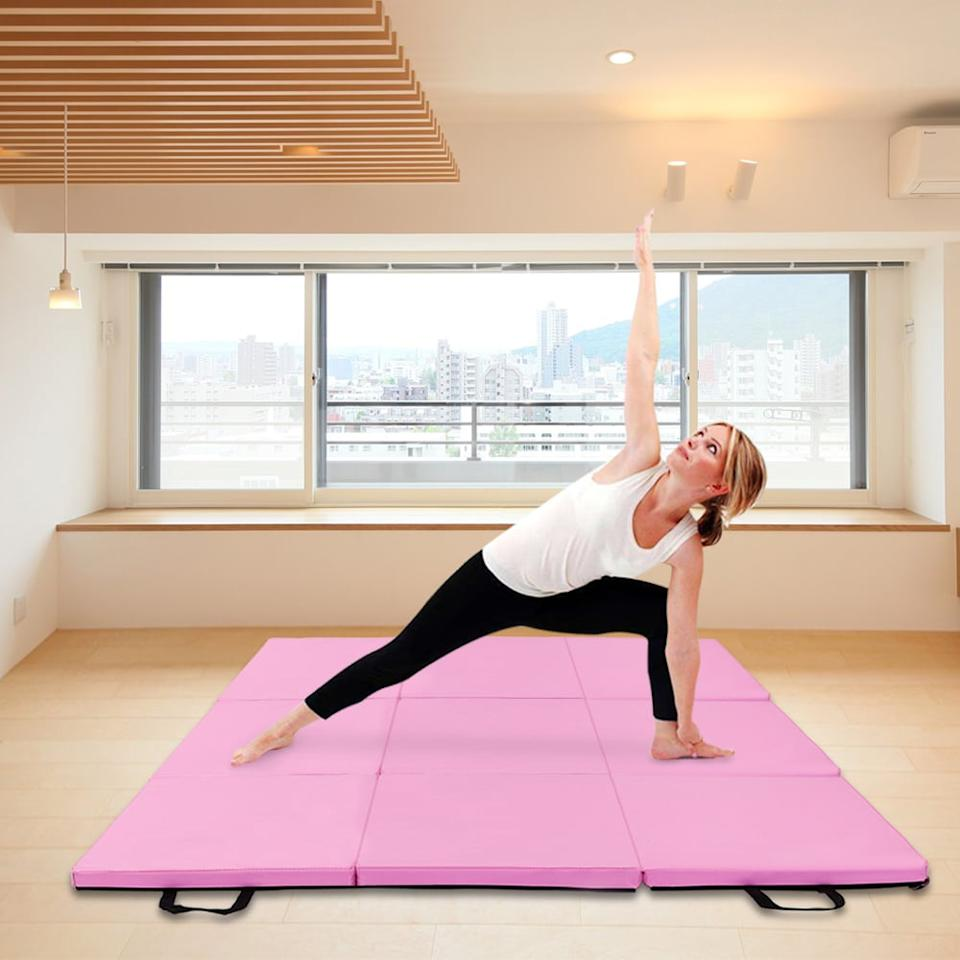 "<p>Sometimes my boyfriend and I work out together, so we wanted a larger mat, but something we could put away when we're done, and this <a href=""https://www.popsugar.com/buy/Zimtown-Foldable-Exercise-Mat-459479?p_name=Zimtown%20Foldable%20Exercise%20Mat&retailer=walmart.com&pid=459479&price=55&evar1=fit%3Aus&evar9=46268089&evar98=https%3A%2F%2Fwww.popsugar.com%2Ffitness%2Fphoto-gallery%2F46268089%2Fimage%2F46268309%2FZimtown-Foldable-Exercise-Mat&list1=shopping%2Cwalmart%2Cfitness%20gear%2Cfitness%20shopping&prop13=mobile&pdata=1"" rel=""nofollow"" data-shoppable-link=""1"" target=""_blank"" class=""ga-track"" data-ga-category=""Related"" data-ga-label=""https://www.walmart.com/ip/PCS-Mat-Workouts-Zimtown-Stretching-Exercise-1-2-1-4-5-Arts-Adult-Martial-Folding-Gymnastics-Tumbling-Core-Loop-Floor-Hook-Aerobics-Kids-3-Mats-2-x-Y/461969989"" data-ga-action=""In-Line Links"">Zimtown Foldable Exercise Mat </a> ($55) fits the bill.</p>"