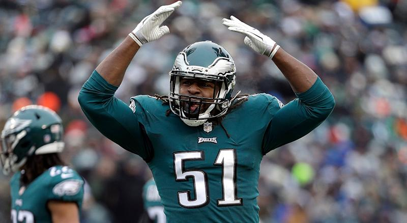 Former Eagles DE Steven Means signs with Falcons