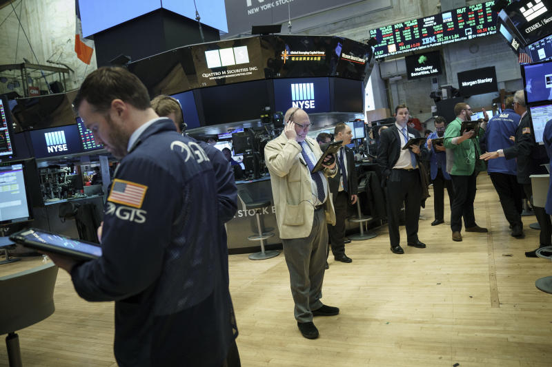 Dow Jones Jumps More Than 400 Points, Still Recovering After a Big Correction