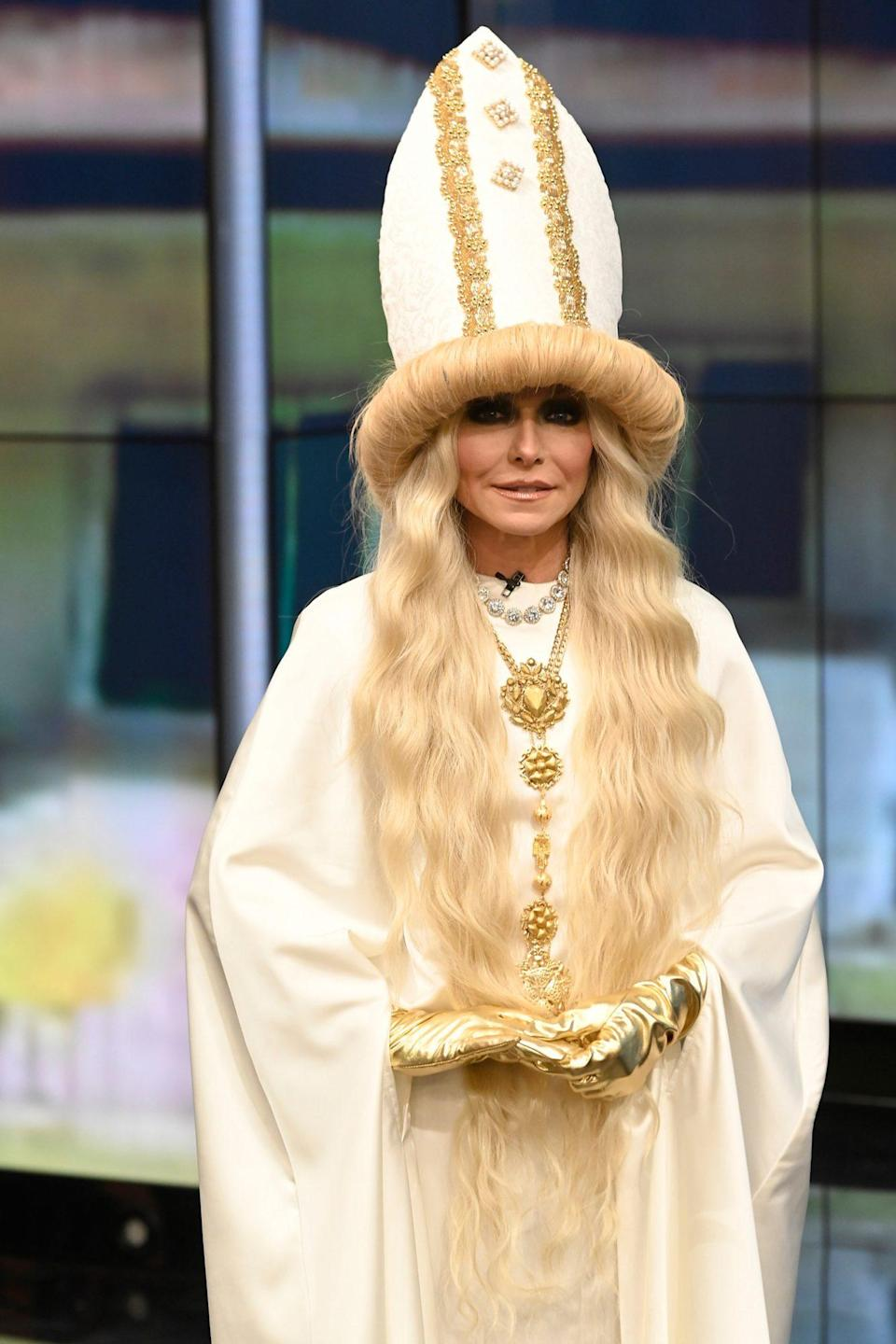 <p>The <em>Live with Kelly and Ryan </em>host knocked it out of the park with this <em>Schitt's Creek </em>costume, channeling the show's matriarch, Moira Rose (played by Catherine O'Hara).</p>