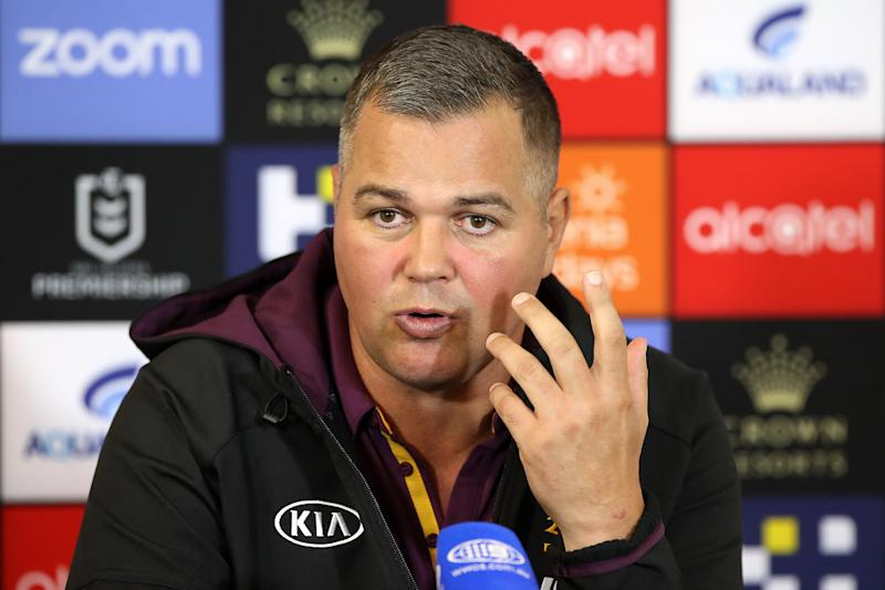 Broncos coach Anthony Seibold speaks to the media at a press conference.