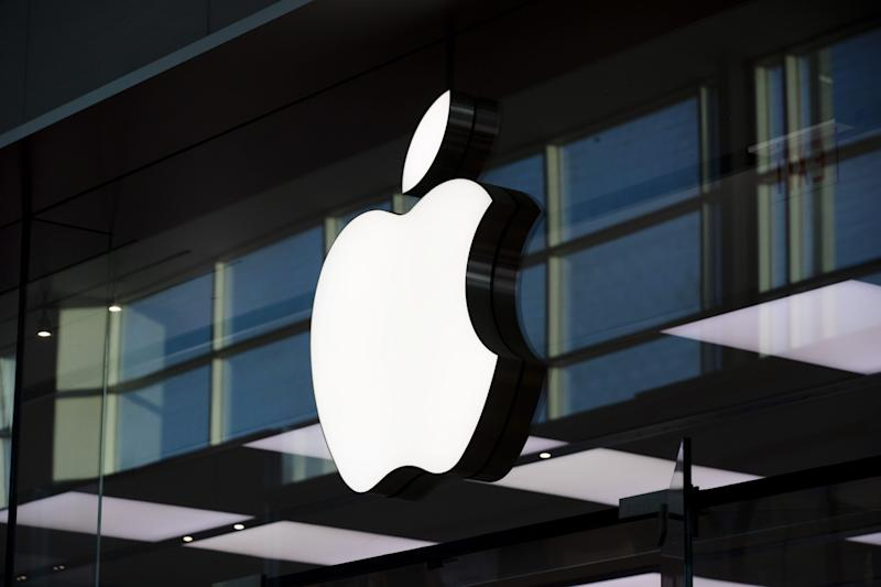 Apple to Close Houston Stores Again on Covid-19 Spike