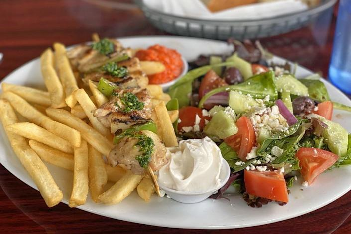 """<p>Two Brothers Cafe and Grill 