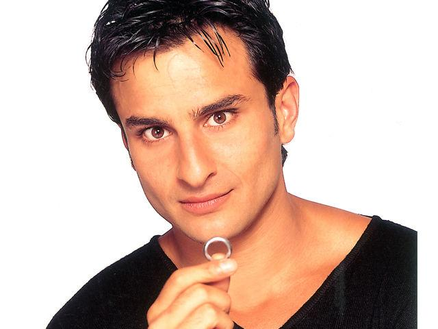 <b>14. Saif Ali Khan</b><br>The Prince of Pautadi sure knows his style and is flawless when it comes to being fashionable. We have seen him in many looks ranging from bold coloured bandanas, oversized glasses and classy sherwanis. He hasalways been effortlessly stylish.