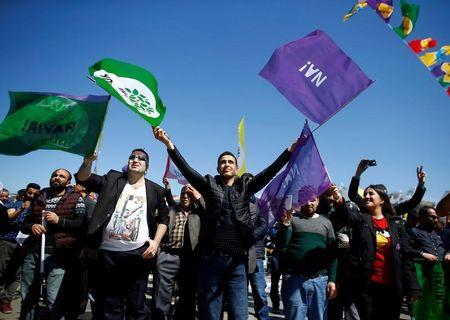 "Pro-Kurdish opposition Peoples' Democratic Party (HDP) and ""Hayir"" (""No"") supporters attend a campaign for the upcoming referendum in Istanbul, Turkey April 13, 2017. REUTERS/Osman Orsal"