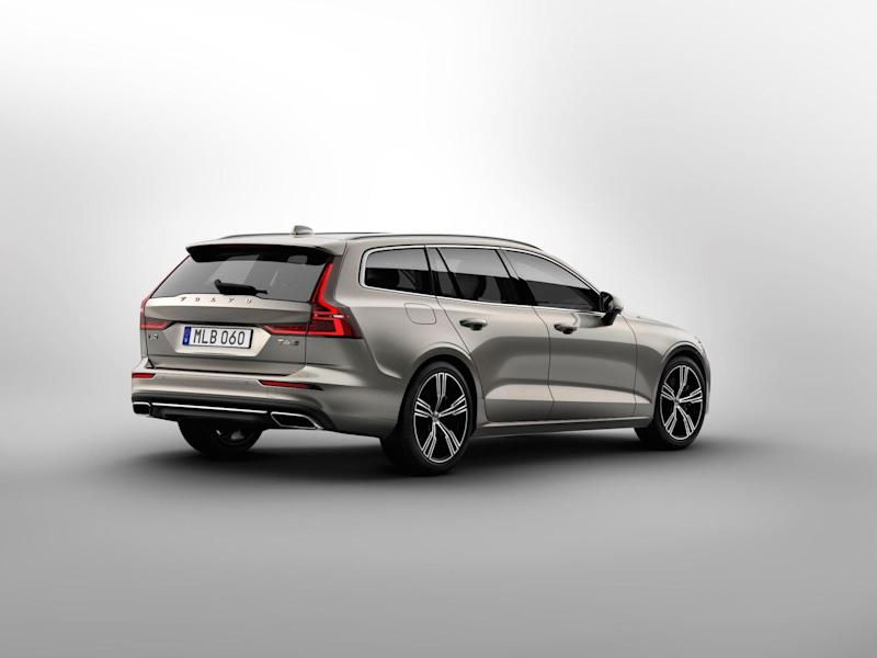 Volvos V60 New Station Wagon Is Simply Stunning