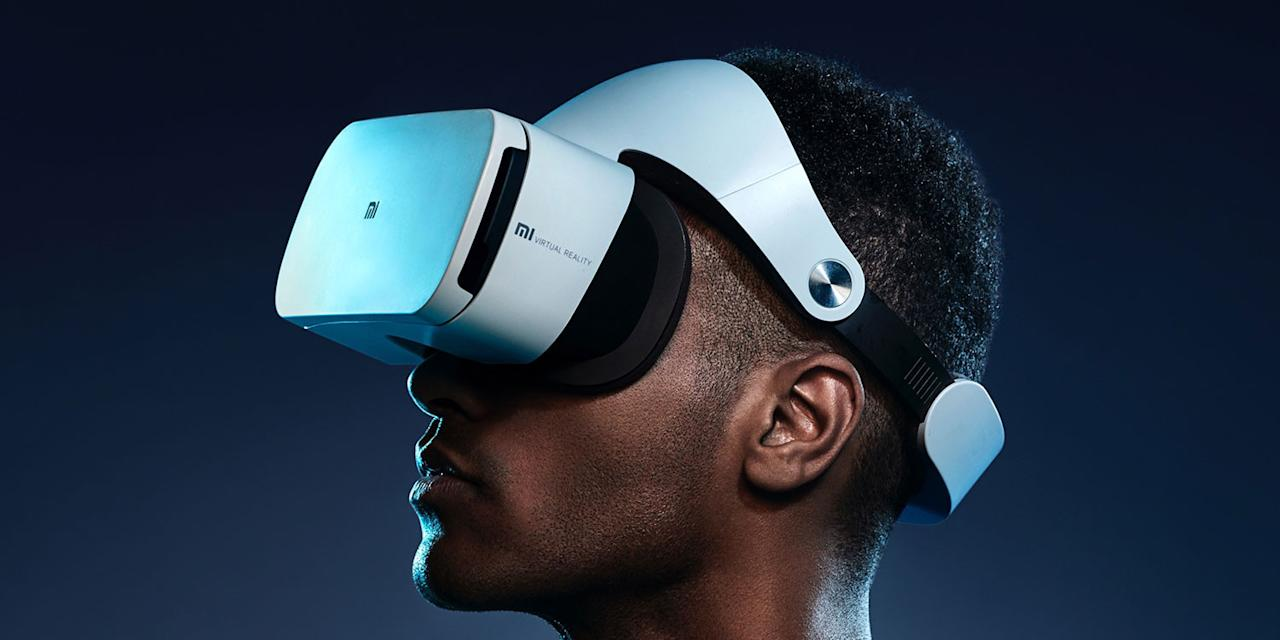 Xiaomi has launched its second virtual reality headset, the Mi VR. This time it's works more like Samsung's Gear VR than Google Cardboard, but has a design that's closer to Sony's PlayStation VR headset.