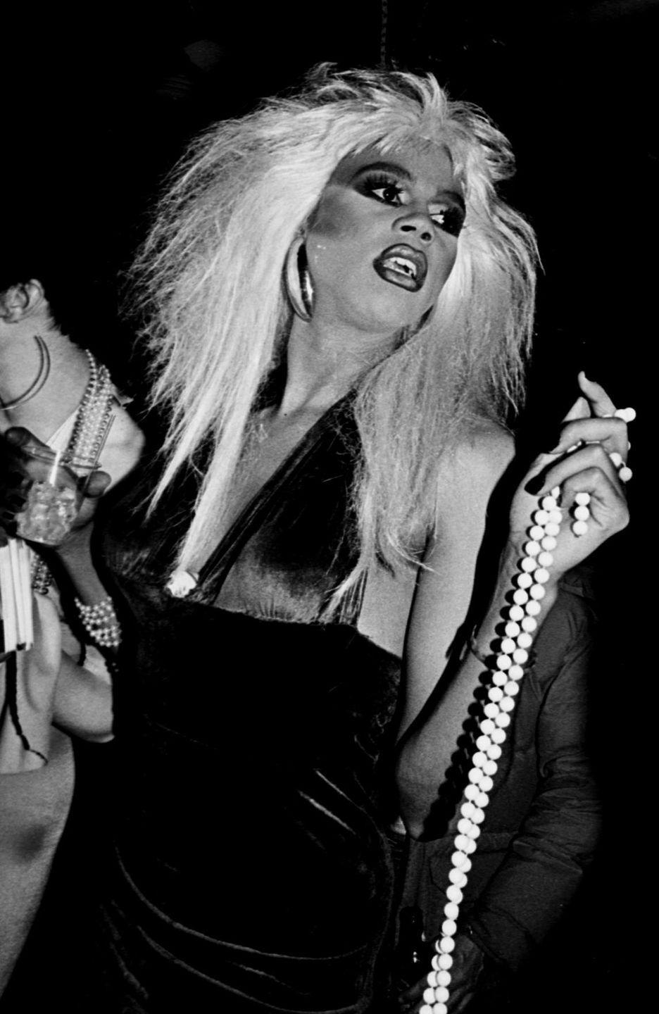 <p>In full party girl mode at NYC's Roxy nightclub. </p>