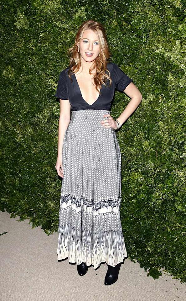 "Just when we thought that Blake Lively couldn't bore us any more than she already does, the ""Gossip Girl"" stepped out in this dowdy floor-length maxi dress from Vena Cava's Fall 2007 line. Brian Ach/<a href=""http://www.wireimage.com"" target=""new"">WireImage.com</a> - November 17, 2008"
