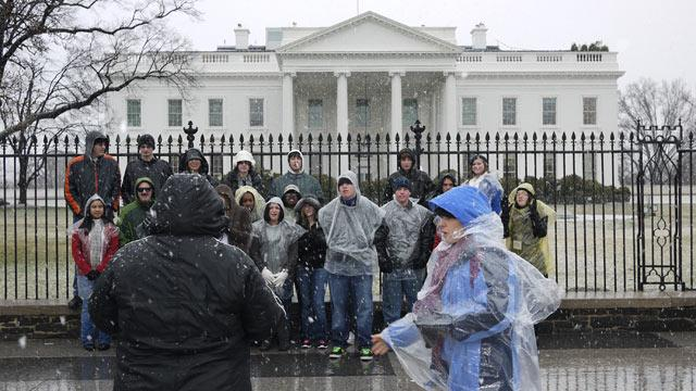 Obama Opens Door to Resuming White House Tours for School Groups
