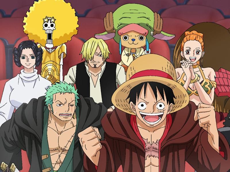 """Set a record while dressed as """"One Piece"""" characters!"""
