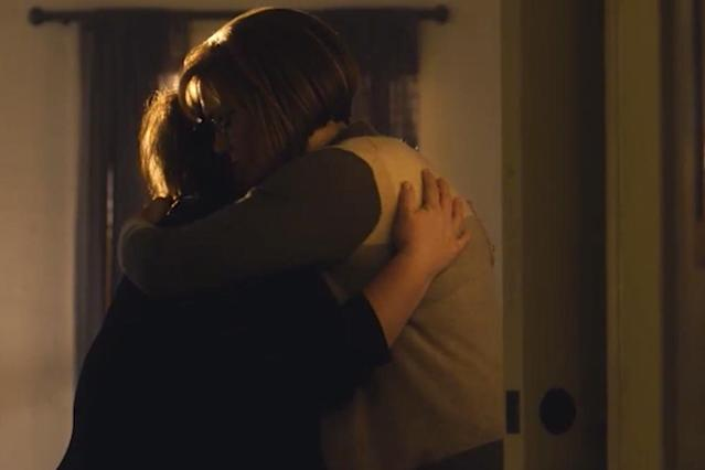Chrissy Metz as Kate and Mandy Moore as Rebecca in <i>This Is Us</i> (Photo: NBC)