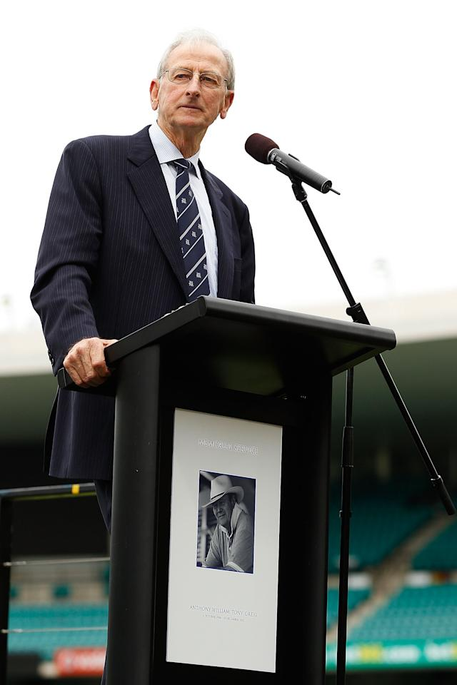 SYDNEY, AUSTRALIA - JANUARY 20:  Bill Lawry speaks on stage during the Tony Greig memorial service at Sydney Cricket Ground on January 20, 2013 in Sydney, Australia.  (Photo by Brendon Thorne/Getty Images)