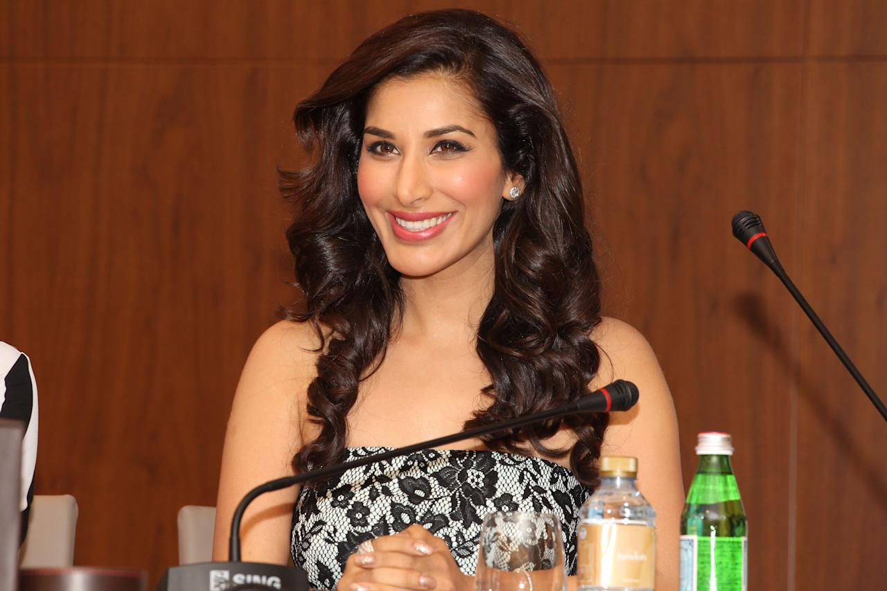 Sophie Chaudhary smiles during the press conference. Sanish Cherian/Yahoo! Maktoob