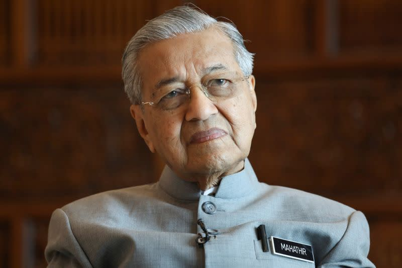 Malaysia's Mahathir says he will return as prime minister if he has support