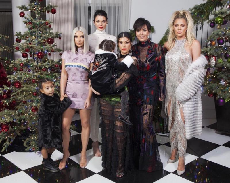 Kylie Jenner was missing from ANOTHER family Christmas photo, so ...