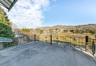 <p>A perfect blank slate to create the ideal outdoor lounging space for your family, with some truly marvelous views.</p>