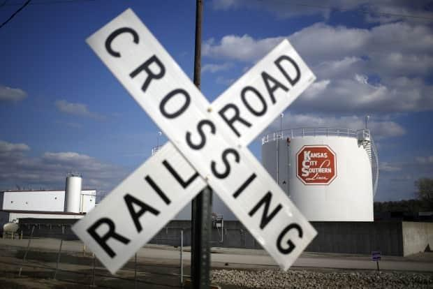 Canadian National Railway and Canadian Pacific Railway are both trying to buy Kansas City Southern in a bid to create a rail network that stretches across Mexico, the U.S. and Canada. (Luke Sharrett/Bloomberg - image credit)
