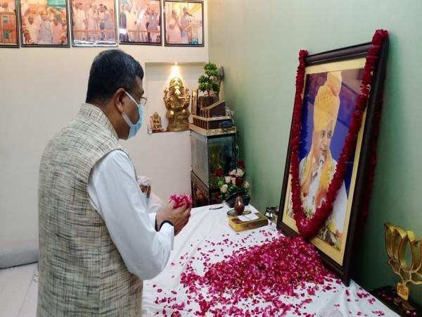 Union Education Minister Dharmendra Pradhan pays tribute to former UP CM Kalyan Singh in Aligarh.