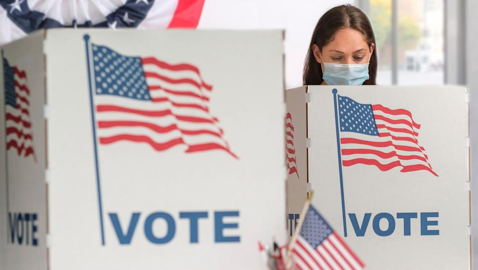 """Poll workers are at a greater risk of infection than the voters themselves, said<a href=""""https://publichealth.berkeley.edu/people/lee-riley/"""" target=""""_blank"""" rel=""""noopener noreferrer"""">Lee Riley</a>, professor and head of the infectious diseases division at the University of California, Berkeley. (Photo: Tetra Images via Getty Images)"""