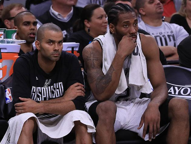 Tony Parker and Kawhi Leonard. (Getty Images)