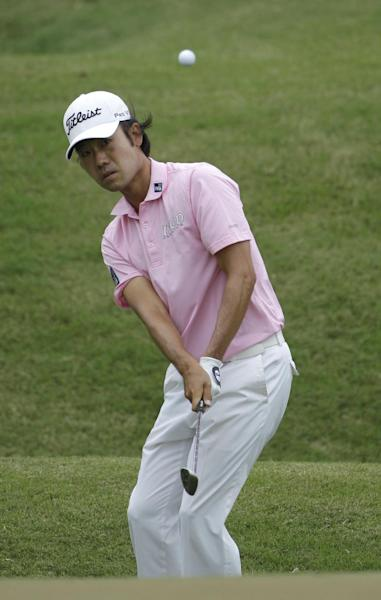 Kevin Na hits from to the second green during the final round of the Players Championship golf tournament at TPC Sawgrass, Sunday, May 13, 2012, in Ponte Vedra Beach, Fla. (AP Photo/David Goldman)