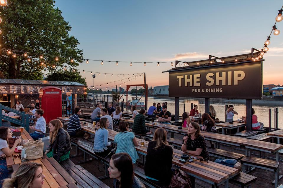 <p>Riverside favourite: The Ship in Wandsworth</p> (Young's Pubs)