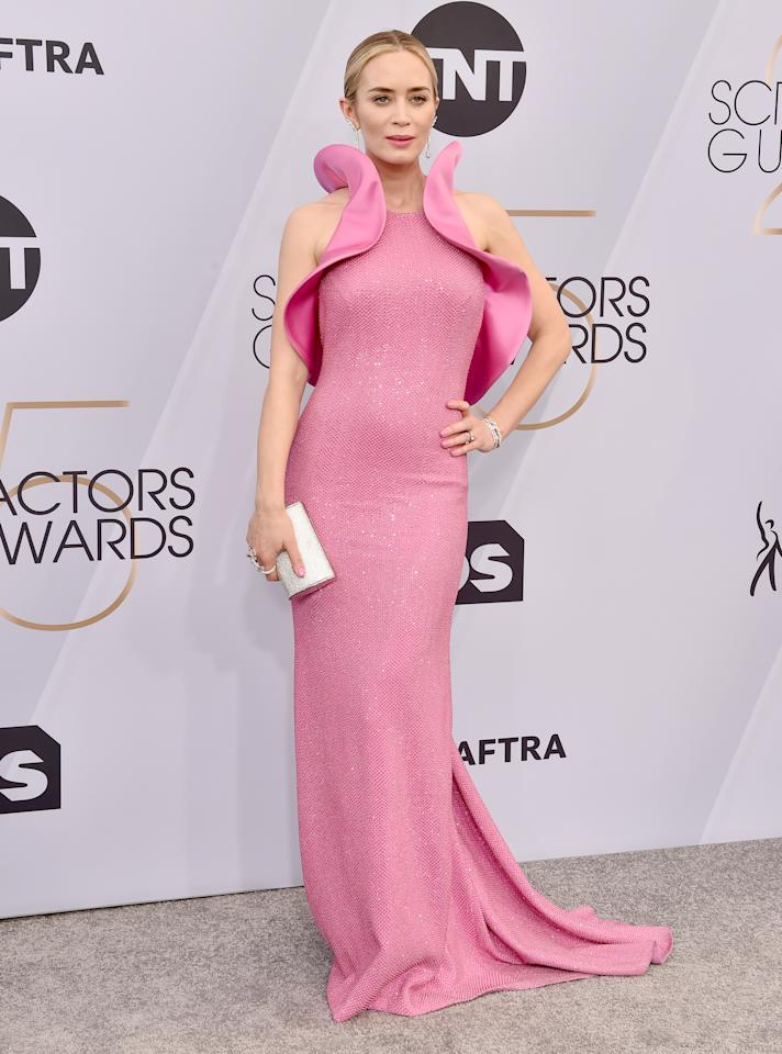 <p>Wearing a bespoke Michael Kors dress accessorised with Sam Edelman shoes, a Jimmy Choo clutch and Forevermark jewellery. <em>[Photo: Getty]</em> </p>