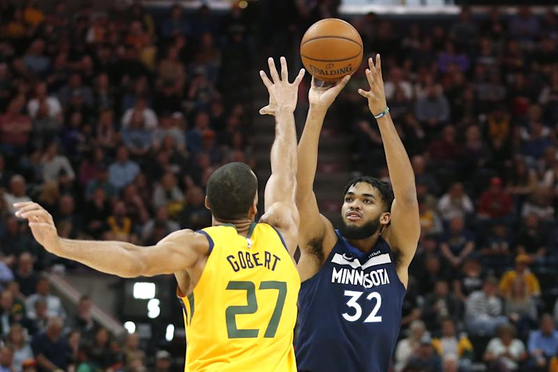 Minnesota's Karl-Anthony Towns sidelined by sprained knee