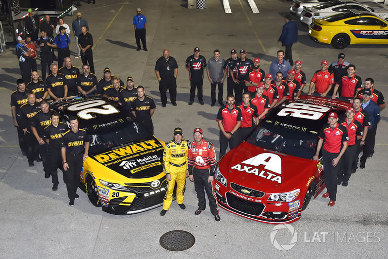 "Matt Kenseth, Joe Gibbs Racing Toyota, Dale Earnhardt Jr., Hendrick Motorsports Chevrolet<span class=""copyright"">Nigel Kinrade / NKP / Motorsport Images</span>"