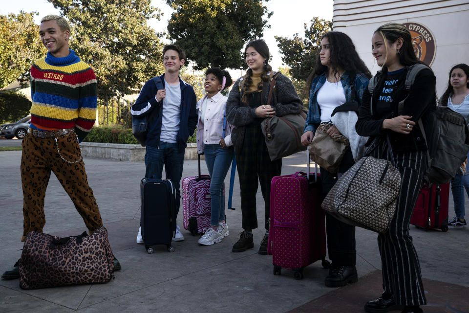The cast of HBO's teen dramedy, Generation (left to right): Justice Smith, Uly Schlesinger, Nathanya Alexander, Lukita Maxwell, Haley Sanchez, and Chase Sui Wonders. (Photo: HBO Max)