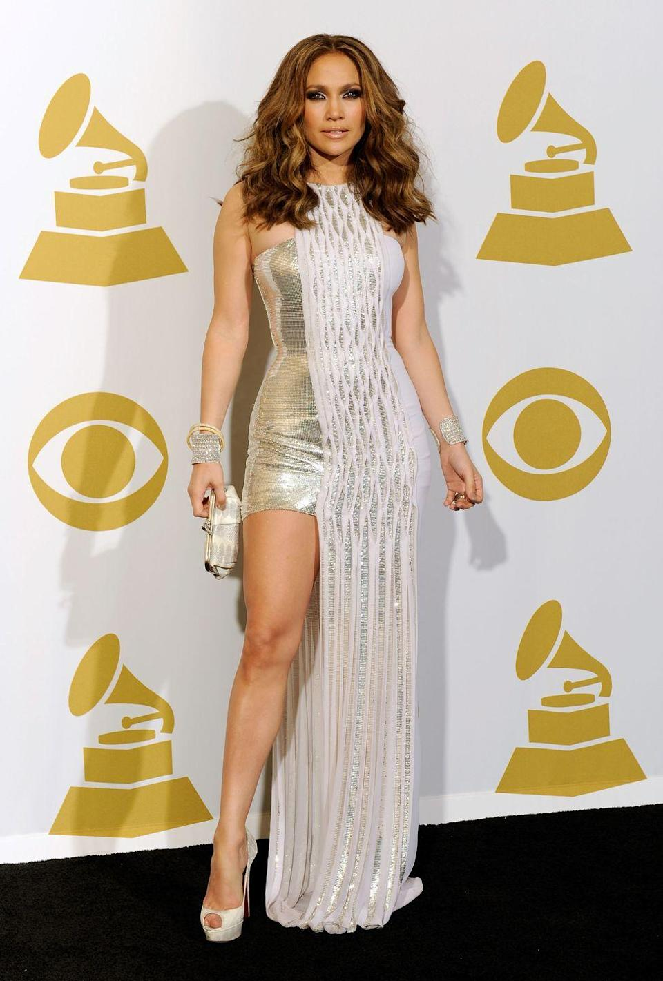<p><strong>When: </strong>January 2010</p><p><strong>Where: </strong>The Grammys</p><p><strong>Wearing: </strong>Versace</p>
