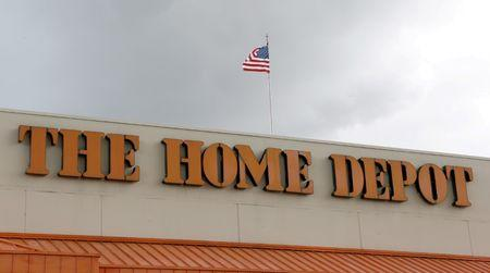 Home Depot's 1Q profit overshadowed by same-store sales