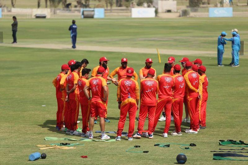 Islamabad United get into a team huddle before a match with Peshawar Zalmi. Despite an extended playing absence, Luke Ronchi picked up form terrifically. Lahore Qalandars' top order is massively important for Qalandars this season Lahore Qalandars' top order is massively important for Qalandars this season.