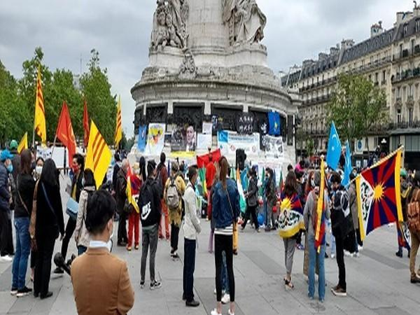 A massive protest was held in Paris against the Chinese Communist Party (CCP), its human rights abuse and its imperialist agenda on Saturday.