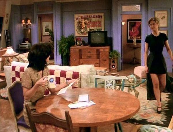 """<p>The <em>Friends</em> sets weren't actually built like a real apartment, so the bedroom entryways <a href=""""http://hookedonhouses.net/2014/05/19/25-things-you-didnt-know-about-the-sets-on-friends/"""" rel=""""nofollow noopener"""" target=""""_blank"""" data-ylk=""""slk:were totally fake"""" class=""""link rapid-noclick-resp"""">were totally fake</a>. This would explain the room's cute little entry alcoves — extra space most New Yorkers would die for. </p>"""
