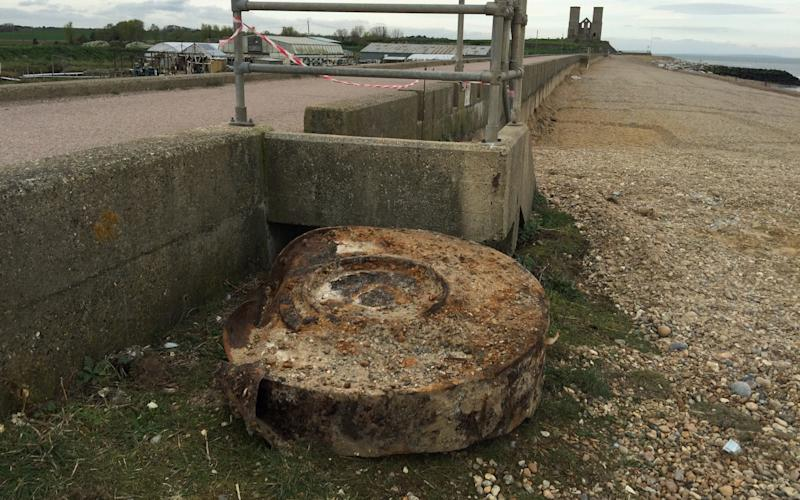 Part of a World War Two bouncing bomb found in Herne Bay, Kent - SWNS-London-+44 (0)1179066550