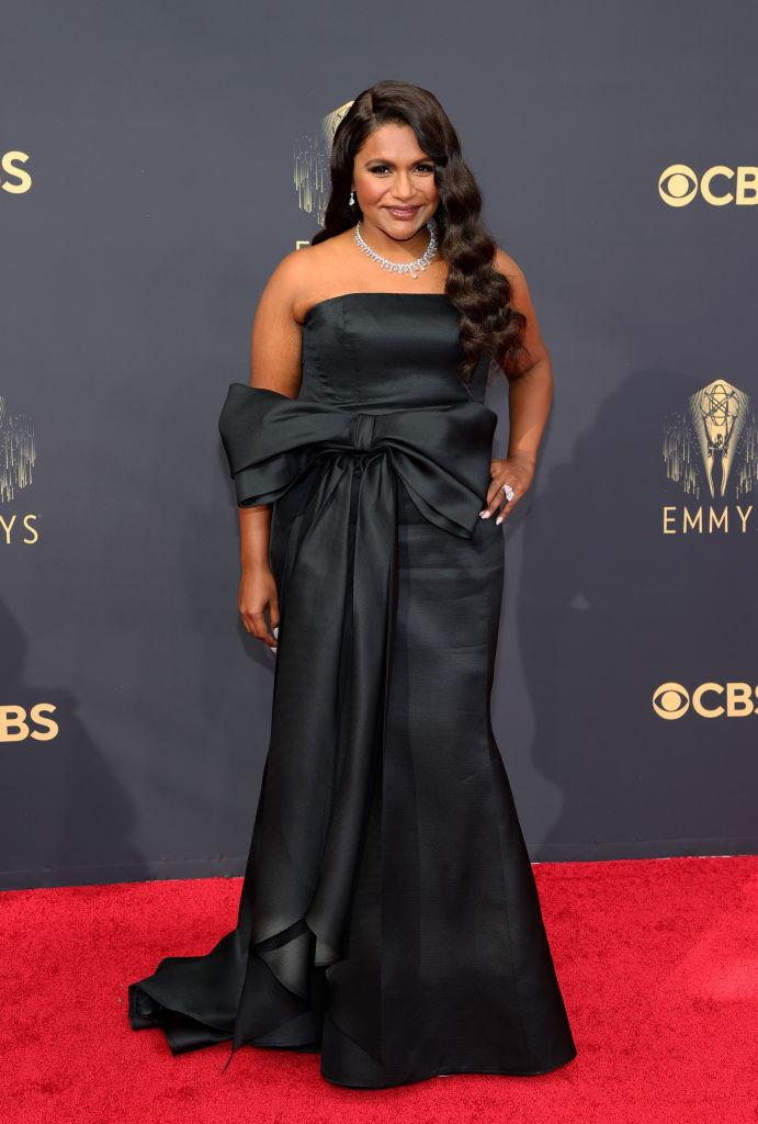 <p>Kaling looked like a classic Hollywood film star in a black strapless look by Carolina Herrera with bow detail. <em>(Image via Getty Images)</em></p>