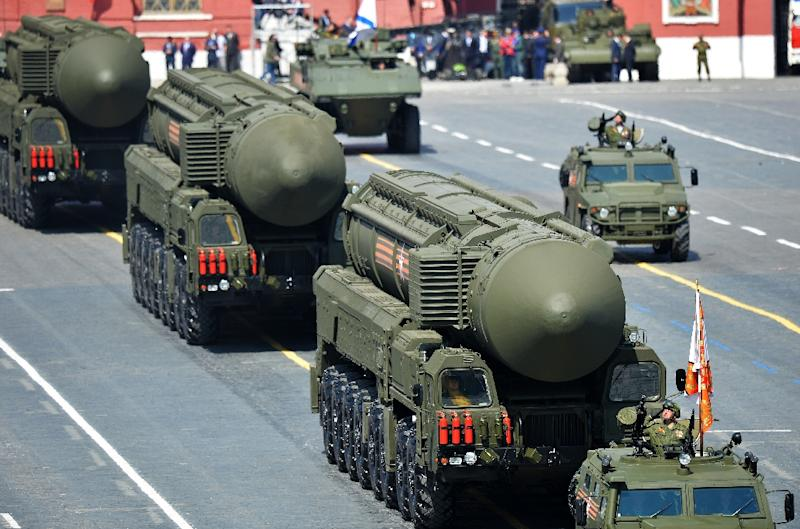 Russia's Yars RS-24 intercontinental ballistic missiles on display during the Victory Day parade in Moscow on May 9, 2015 (AFP Photo/)